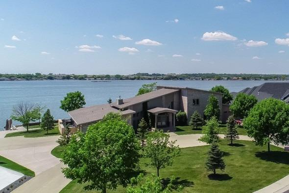 636 Waterfront Place, Lincoln, NE 68528 (MLS #10149521) :: Lincoln Select Real Estate Group