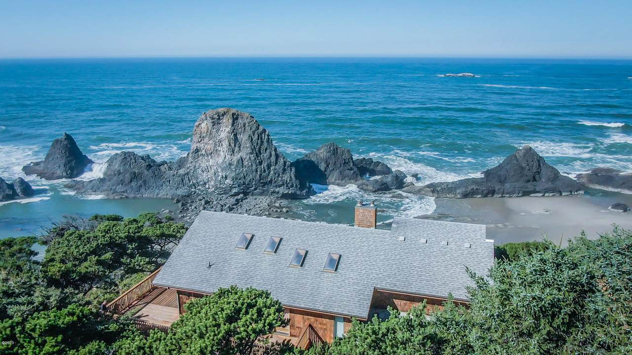 10146 Pacific Coast Hwy - Photo 1