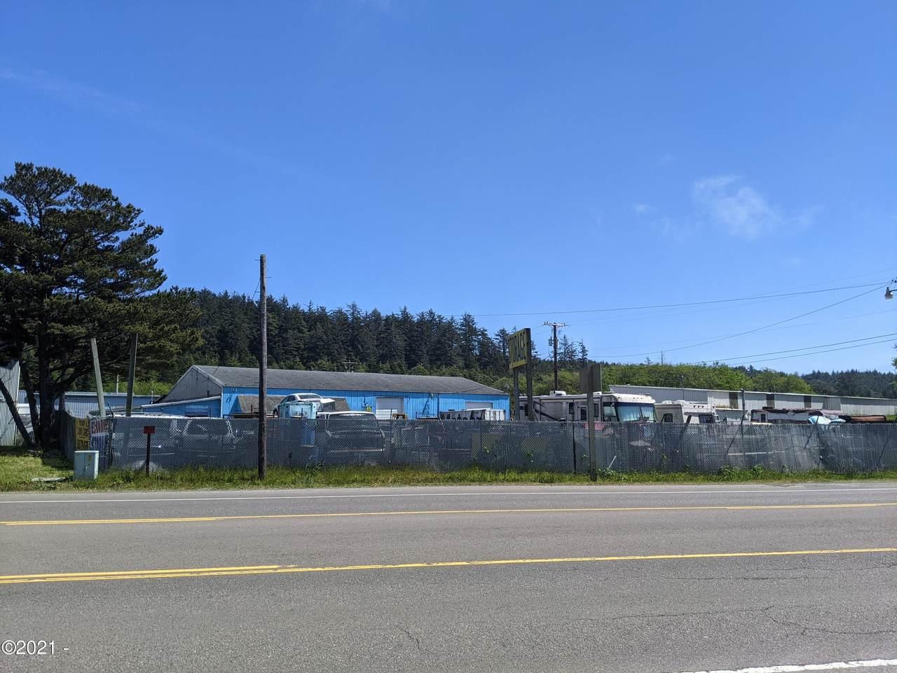 4587 Coast Hwy - Photo 1