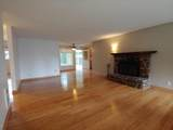 1015 Rolph Ct - Photo 2