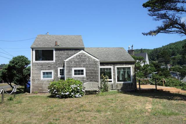 230 NW Sunset St, Depoe Bay, OR 97341 (MLS #19-2141) :: Coho Realty