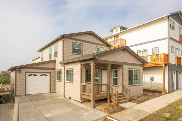 710 W Olive St, Newport, OR 97365 (MLS #19-263) :: Coho Realty