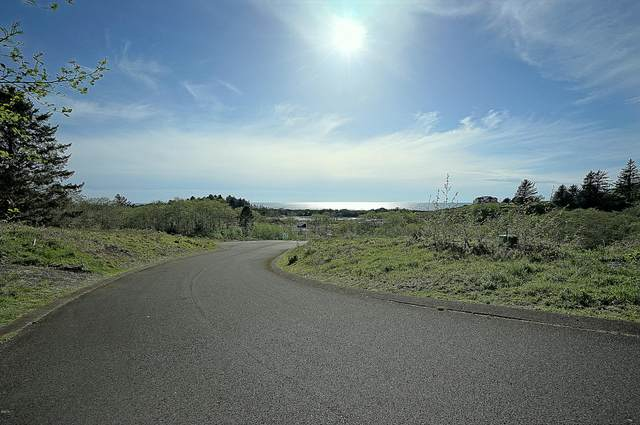 Lot 56 Pelican Point Dr, Neskowin, OR 97149 (MLS #19-300) :: Coho Realty