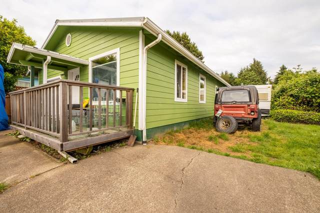 40 SE Cook Ave, Depoe Bay, OR 97341 (MLS #20-1192) :: Coho Realty