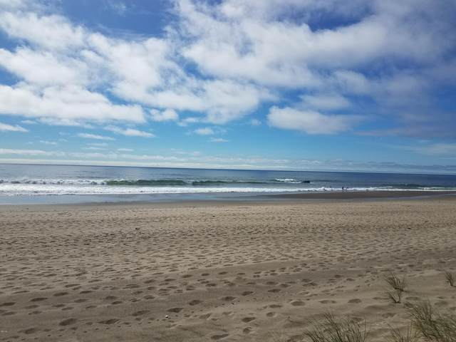 3753 SW Anchor Ct, Lincoln City, OR 97367 (MLS #20-1448) :: Coho Realty