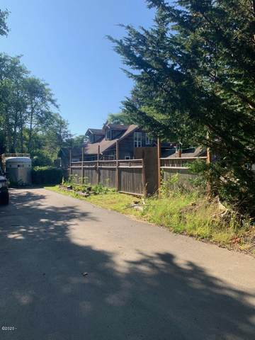 1521 SE 47th St, Lincoln City, OR 97367 (MLS #20-1719) :: Coho Realty