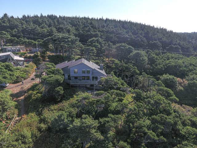 53 SW 100th St, South Beach, OR 97366 (MLS #20-2038) :: Coho Realty
