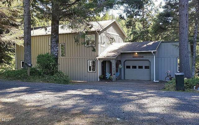 419 NE Golf Course Dr, Newport, OR 97365 (MLS #20-2299) :: Coho Realty