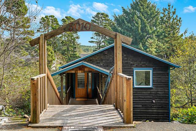 3010 SW Anchor Ave, Lincoln City, OR 97367 (MLS #20-2313) :: Coho Realty