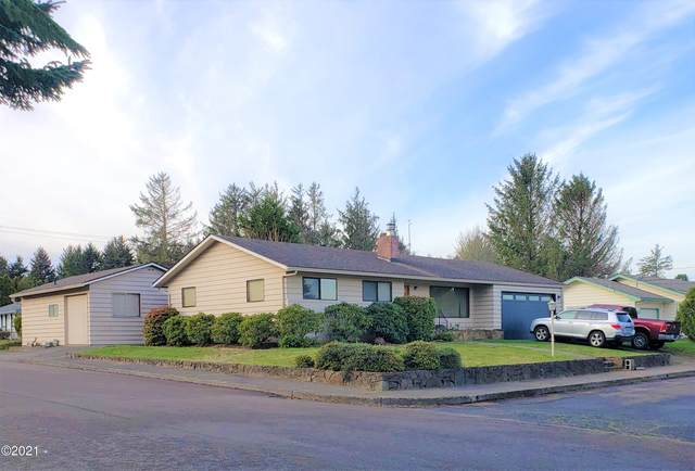 3015 NE Yacht Ave, Lincoln City, OR 97367 (MLS #21-106) :: Coho Realty