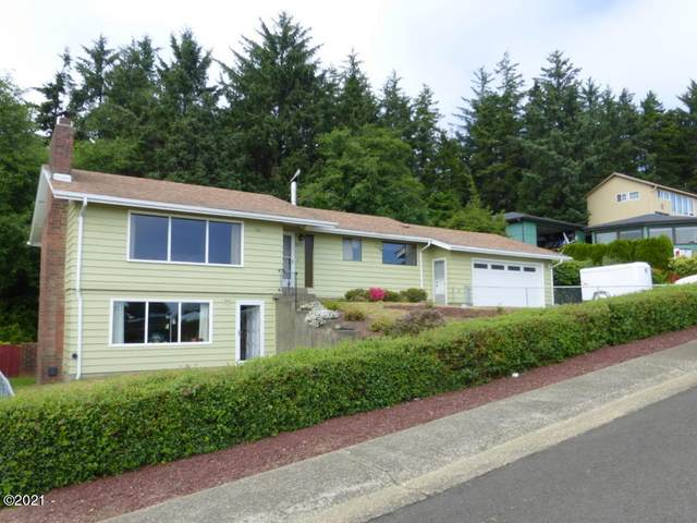 1037 SE 1st St, Newport, OR 97365 (MLS #21-1617) :: Coho Realty