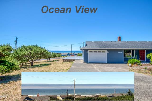 2202 NW Parker Ave, Waldport, OR 97394 (MLS #21-1758) :: Coho Realty