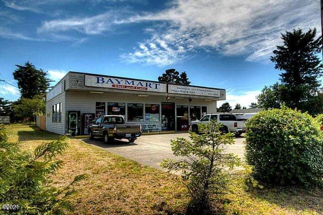 2209 NW Bayshore Dr, Waldport, OR 97394 (MLS #21-1989) :: Coho Realty