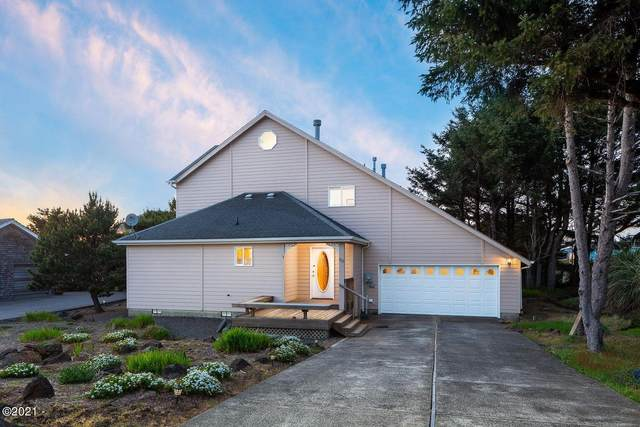 515 SW Edgewater, Depoe Bay, OR 97341 (MLS #21-2109) :: Coho Realty