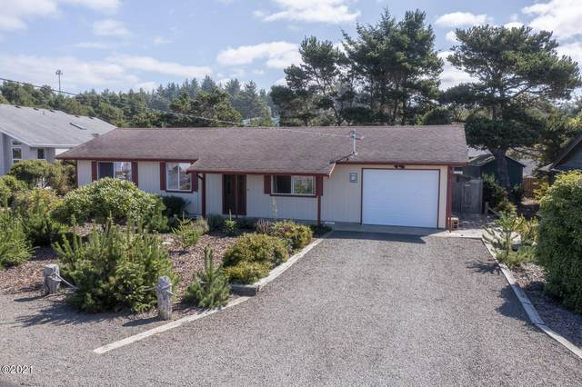 1905 NW Oceanview Dr, Waldport, OR 97394 (MLS #21-2156) :: Coho Realty