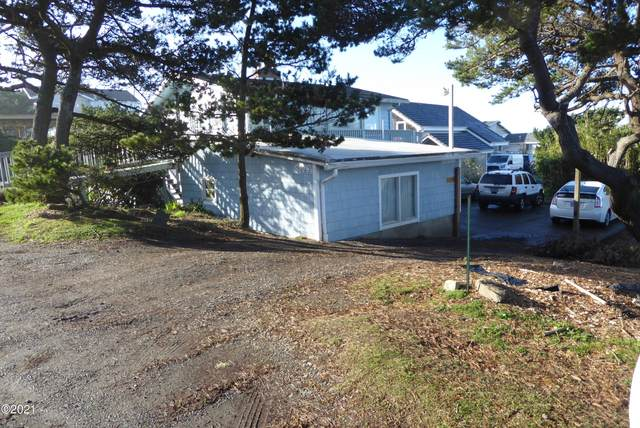 5229 NW Keel Ave, Lincoln City, OR 97367 (MLS #21-356) :: Coho Realty