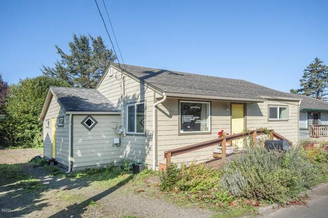 14 SW Lee St, Newport, OR 97365 (MLS #20-1667) :: Coho Realty