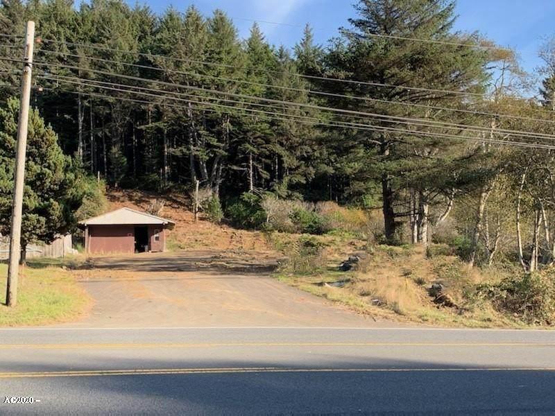2204 Highway 101 - Photo 1