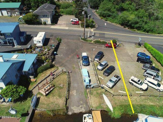 4006 NE West Devils Lake Rd, Lincoln City, OR 97367 (MLS #20-1293) :: Coho Realty