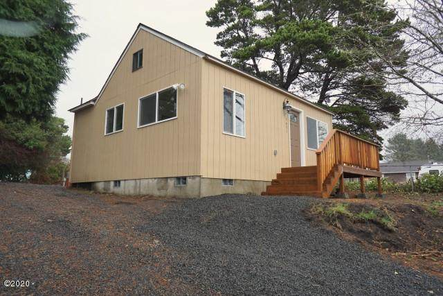 1631 NE 12th St, Lincoln City, OR 97367 (MLS #20-1981) :: Coho Realty
