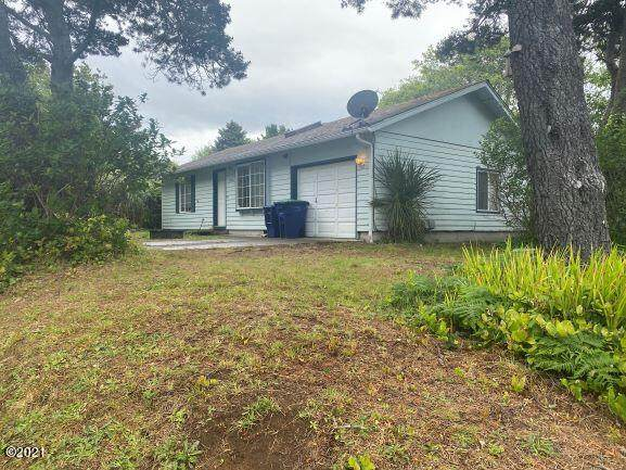 1520 NW 22nd St, Lincoln City, OR 97367 (MLS #21-1368) :: Coho Realty