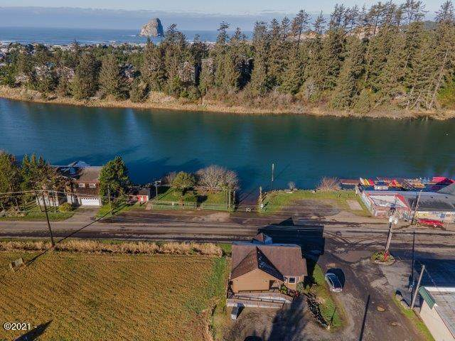 6395 Shade St, Pacific City, OR 97112 (MLS #21-409) :: Coho Realty