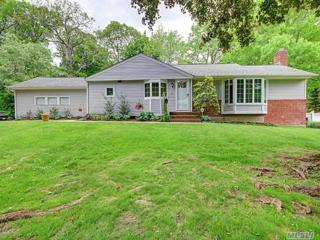 65 Old Town Ln, Huntington, NY 11743 (MLS #2940310) :: Signature Premier Properties