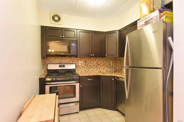68-19 242 St #1, Douglaston, NY 11362 (MLS #2997511) :: Netter Real Estate