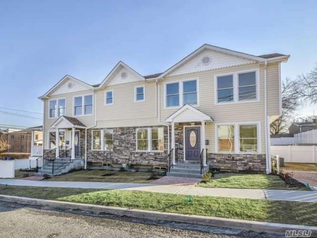 36 Cambridge Ave, Port Washington, NY 11050 (MLS #3002621) :: The Lenard Team