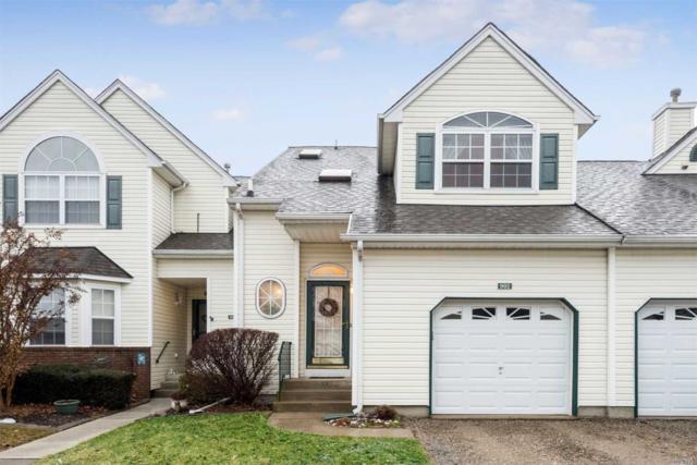 902 Constance Ln, Pt.Jefferson Sta, NY 11776 (MLS #3003238) :: Netter Real Estate