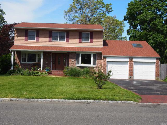 1320 N Windsor Ave, Bay Shore, NY 11706 (MLS #3003339) :: Netter Real Estate