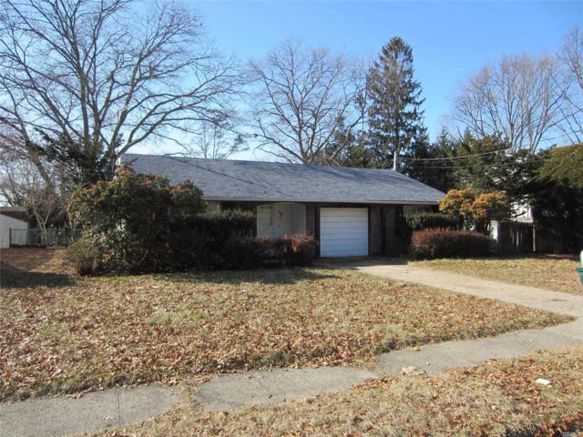 36 Starfire Dr, Centereach, NY 11720 (MLS #3004809) :: Keller Williams Homes & Estates
