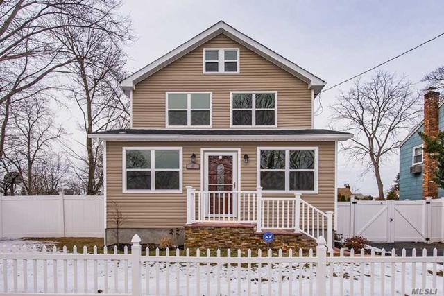 4 Caldwell St, Huntington Sta, NY 11746 (MLS #3005417) :: Platinum Properties of Long Island