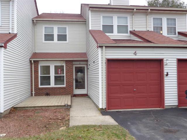 4 Norfolk Ct, Coram, NY 11727 (MLS #3005820) :: Netter Real Estate