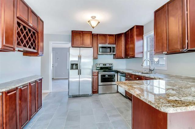 408 Deer Rd, Ronkonkoma, NY 11779 (MLS #3006103) :: Keller Williams Homes & Estates