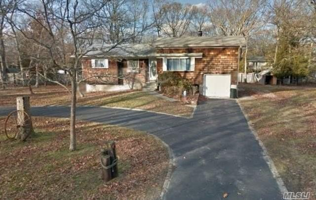 65 Timberpoint Rd, Great River, NY 11739 (MLS #3006199) :: Netter Real Estate