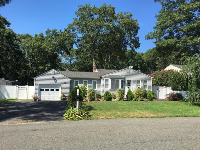 15 Champlin St, Lake Ronkonkoma, NY 11779 (MLS #3006211) :: Keller Williams Homes & Estates