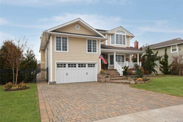 2834 Lindenmere Dr, Merrick, NY 11566 (MLS #3006591) :: The Lenard Team