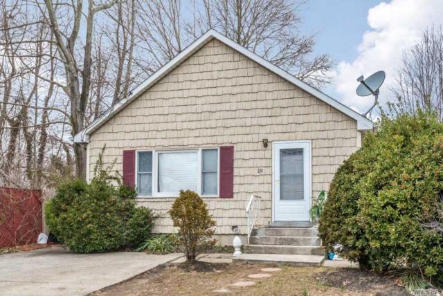 19 Rose St, Smithtown, NY 11787 (MLS #3006768) :: Keller Williams Homes & Estates