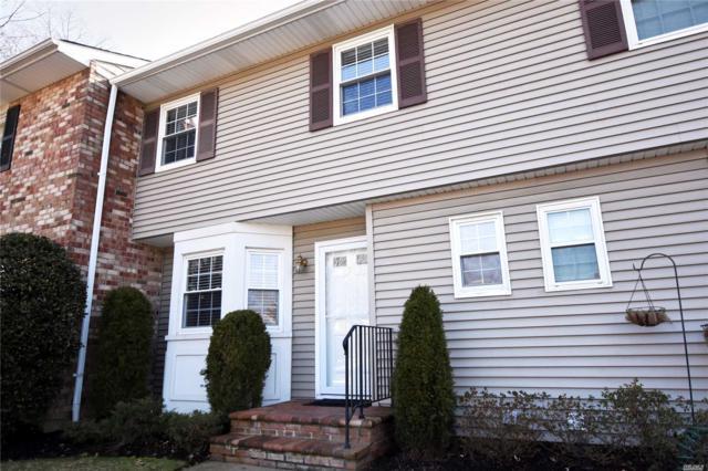 31 Woodlake Dr, Woodbury, NY 11797 (MLS #3006795) :: Netter Real Estate
