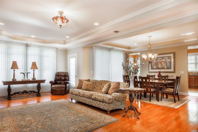 459 Pacing Way, Westbury, NY 11590 (MLS #3007569) :: Netter Real Estate