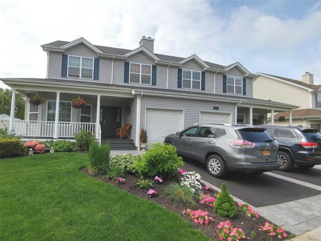 134 Rivendell Ct, Melville, NY 11747 (MLS #3009012) :: Netter Real Estate