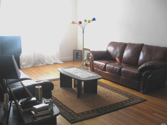 61-41 Saunders St, Rego Park, NY 11374 (MLS #3010377) :: Netter Real Estate