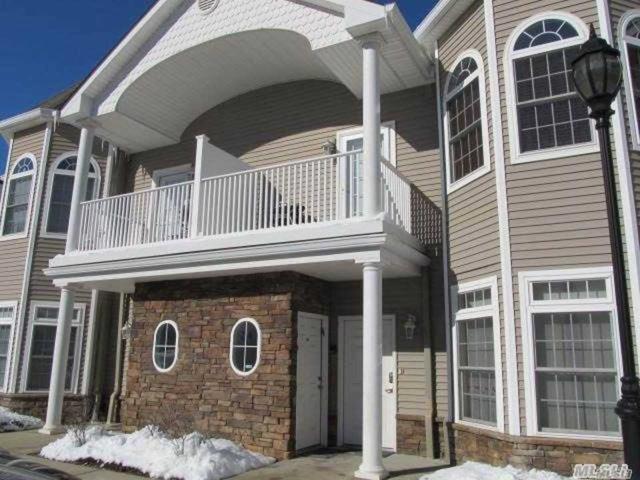 24 Jacqueline Way, N. Babylon, NY 11703 (MLS #3011229) :: Netter Real Estate