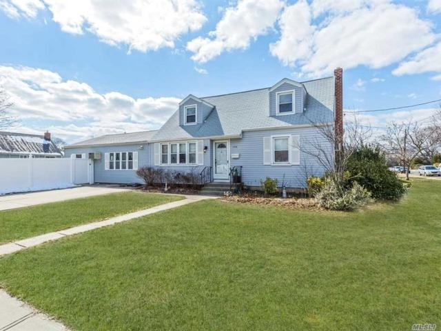550 17th St, W. Babylon, NY 11704 (MLS #3011323) :: Netter Real Estate
