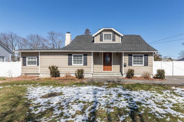 29 Islip Blvd, Islip, NY 11751 (MLS #3012488) :: Netter Real Estate