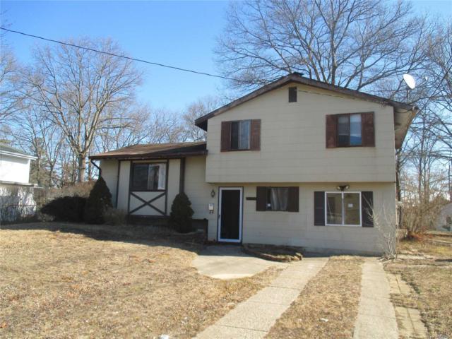 2803 Sandra Ct, Medford, NY 11763 (MLS #3013018) :: Netter Real Estate