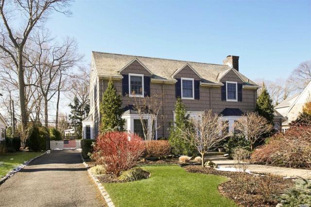 74 Roxen Rd, Rockville Centre, NY 11570 (MLS #3013750) :: Netter Real Estate