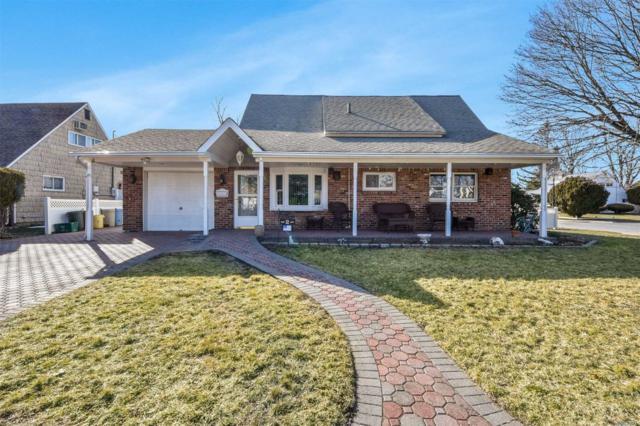 2 Belfry Ln, Hicksville, NY 11801 (MLS #3013753) :: Netter Real Estate