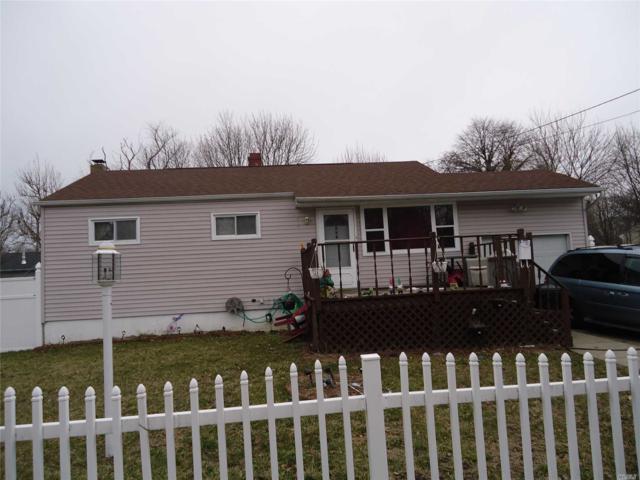 734 Post Ave, Bellport, NY 11713 (MLS #3014082) :: Netter Real Estate